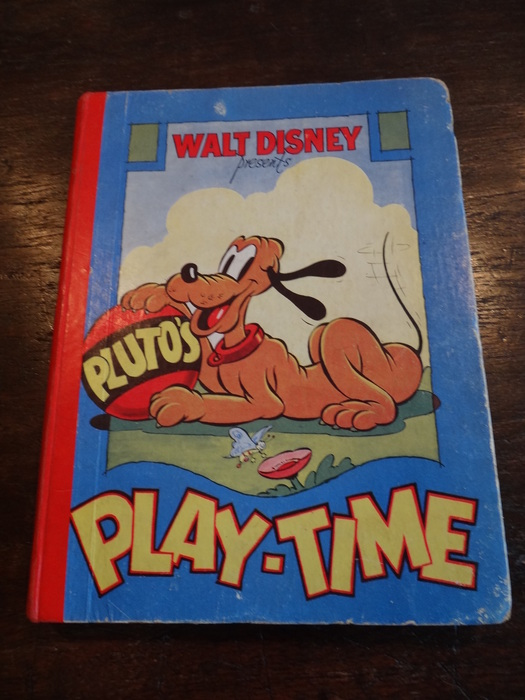 Pluto's Play time (1938) + Mickey Mouse Annual (1957) + Goufy (1959) + Goofy Annual (1976)