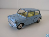 Morris Mini Minor (blue, yellow interior)