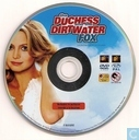 DVD / Video / Blu-ray - DVD - The Duchess and the Dirtwater Fox
