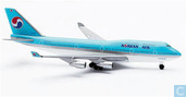 Korean Air - 747-400 (01)