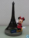 Minnie with Eiffeltower