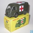 Ambulance Militaire Renault-Carrier