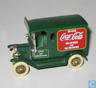 Modelauto's  - Lledo - Ford Model-T Van 'Coca-Cola green'