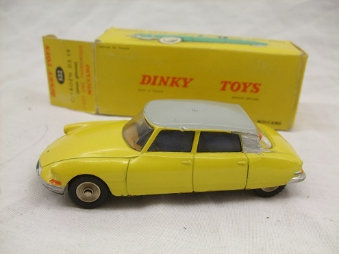Citroen DS 19 Dinky Toys Nr 522 1-43 Scale