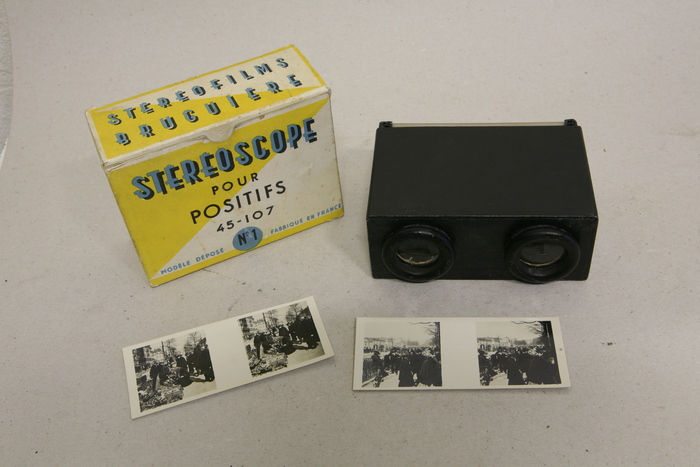 Stereoscope met kartonnen stereo viewer in originele doos
