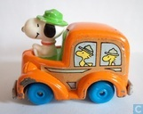 Snoopy as bus driver