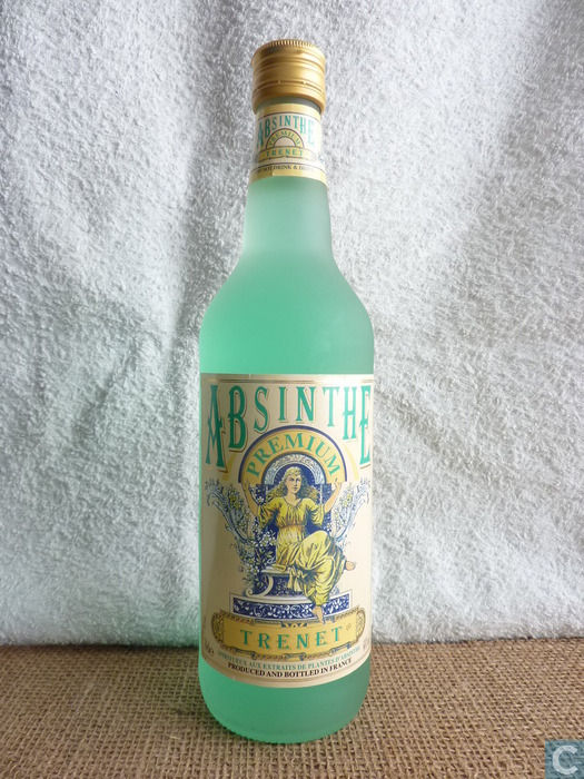 how to drink absinthe at home