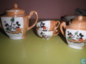 Mickey Mouse Dinnerware