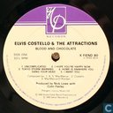 Disques vinyl et CD - Elvis Costello & The Attractions - Blood & Chocolate
