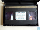 DVD / Video / Blu-ray - VHS video tape - Who's that girl