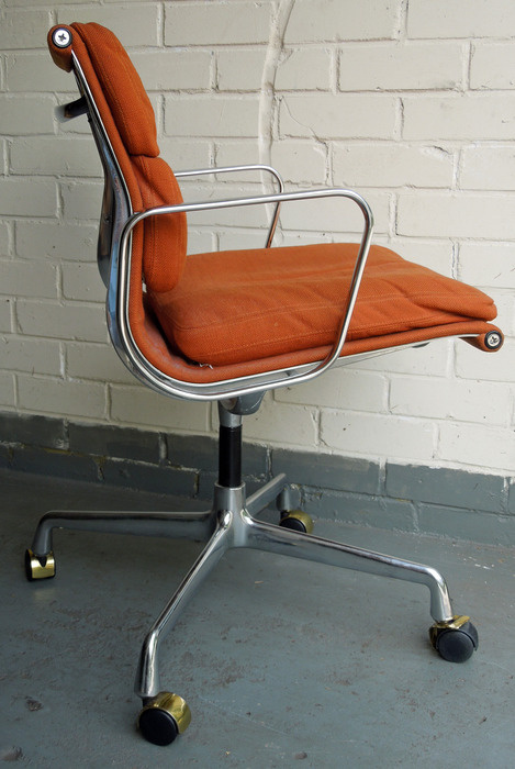 Charles U0026 Ray Eames; Design Office Desk Chair (Vitra Eames EA108)