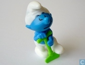 Smurf with shovel