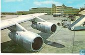 Greater Pittsburgh Airport - wings of Douglas DC-8