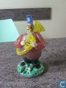 Handgeblazen clown met instrument