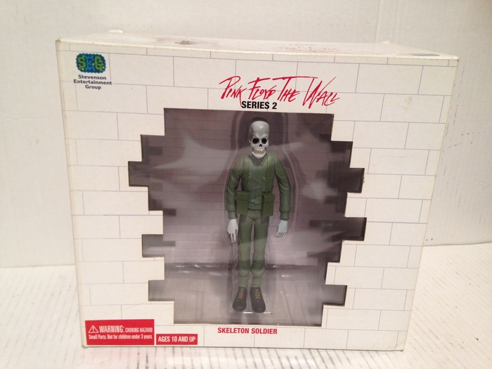 Pink Floyd The Wall - Skeleton Soldier action figure