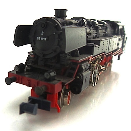 Minitrix  N - 2053 - Tender steam loc BR 85 007, DB