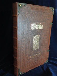 Large copper bible Matthäus Merians Biblia 1630 - 1984