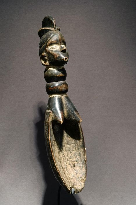 Spoon with Base - MENDE - Sierra Leone