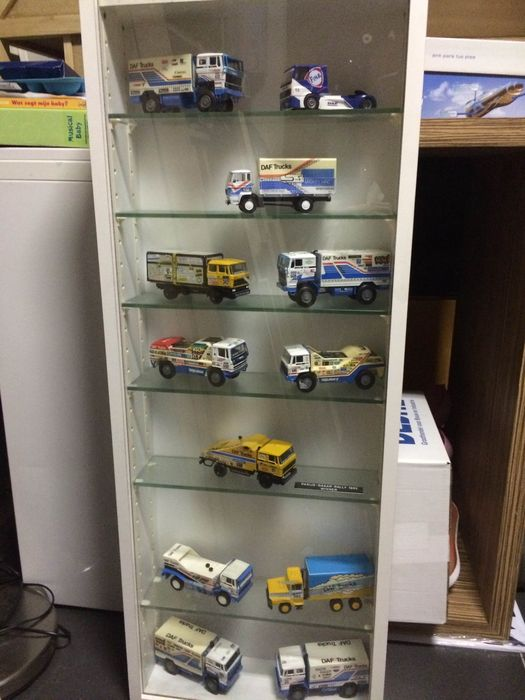 Various Brands 1 50 Scale Lot Of 12 Daf Dakar Trucks