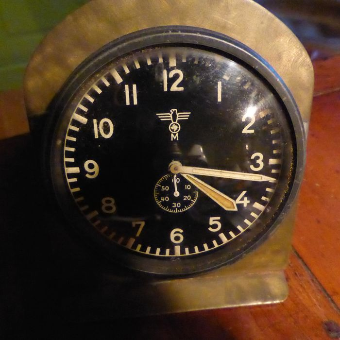 Kriegsmarine U-Boat Radio station clock WW2