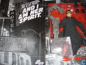 The Spirit  DC Direct Deluxe figure