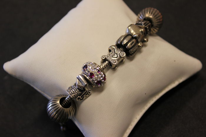 Silver 925 bracelet with charms
