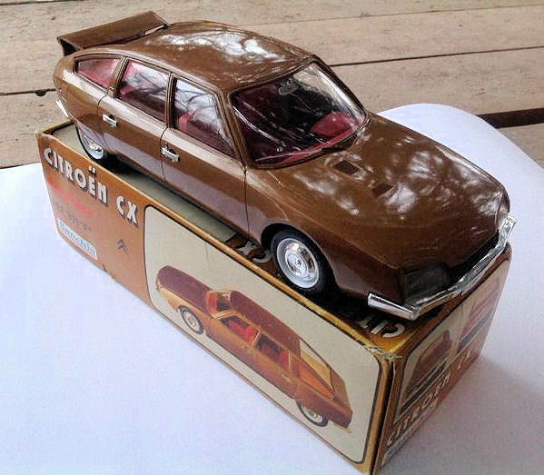 Sanchis - 1/12 scale - Citroën CX