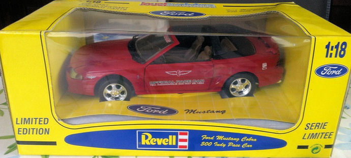 Revell - Schaal 1/18 - Ford Mustang Cobra Indy 500 Pace Car