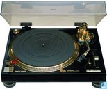 Kostbaarste item - VERKEERDE RUBRIEK -> RADIO'S / AUDIO-APPARATUUR: Technics SL-1200LTD platenspeler