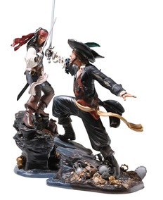 Pirates of the Carribean - WDCC - Height 33 and 36,5 cm - Porcelain Statues: Jack Sparrow and Captain Barbossa