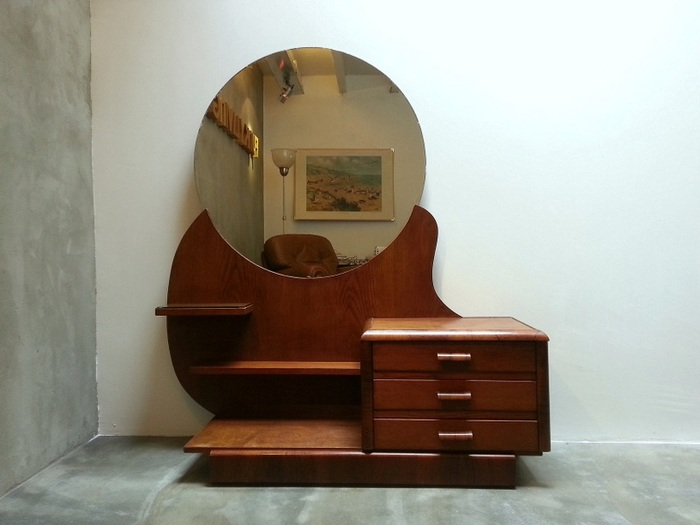 Wooden Dressing Table With Round Mirror Catawiki