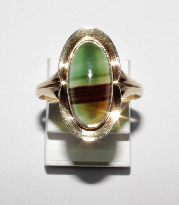 14k gold ring with natural tourmaline