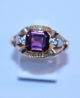 18k gold ring with natural rubelite