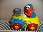 Elmo rod race car