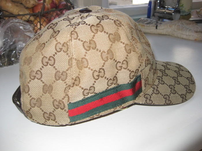 Gucci Cap / Pet