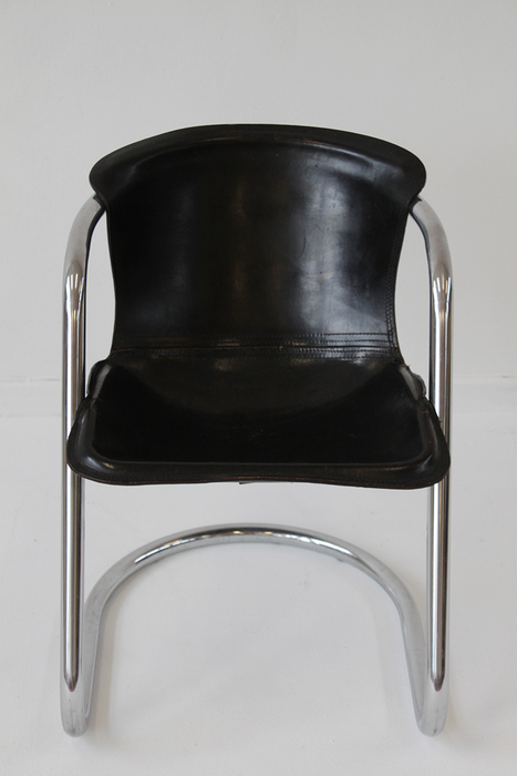 Willy rizzo 4 black leather chairs catawiki for Mobili willy rizzo