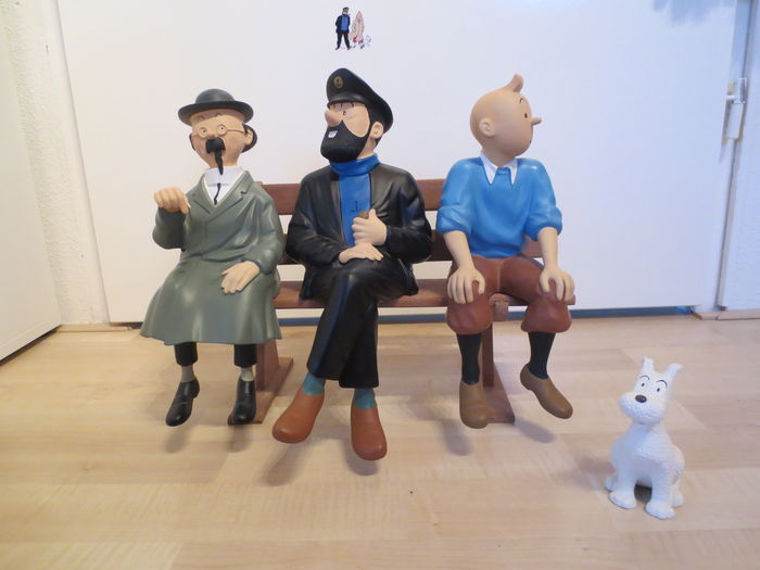 Tintin Leblon Delienne Figurines Tintin Captain Haddock Professor Calculus And Snowy Sitting On A Bench 1991 1992 Catawiki