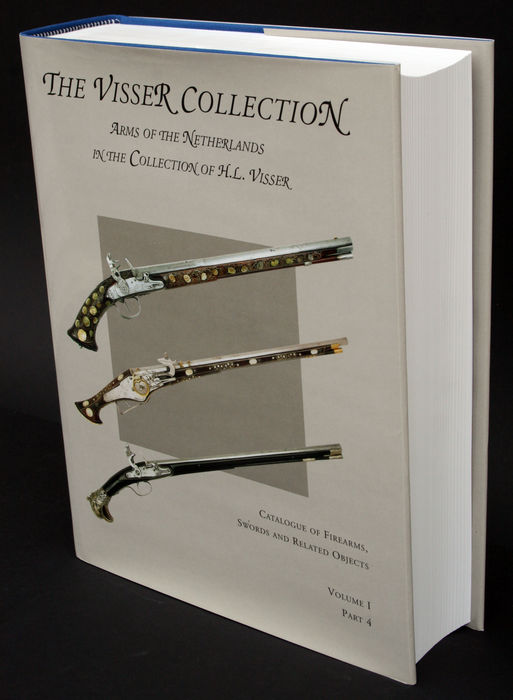 Approx. 5 kg. heavy reference book: Arms of the Netherlands - The Visser Collection