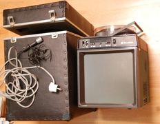 BELL & HOWELL Screen RINGMASTERSound / Slide Projector in case