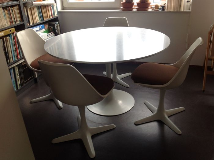 Maurice Burke For Arkana   Tulip Dining Table With Four Chairs