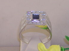 Men's pinky ring set with diamond and sapphire – in total: 0.70 ct.