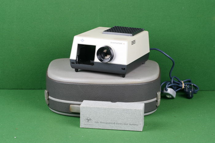 Vintage Agfa diamator h slide projector in orginal case - Catawiki