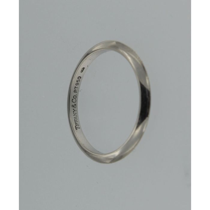 79dbfebe0 Tiffany & Co platinum band ring marked by the brand - Catawiki