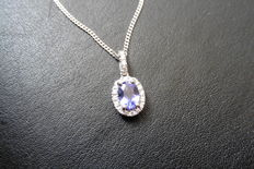 18k Gold Bi-colour Tanzanite and Diamond Pendant