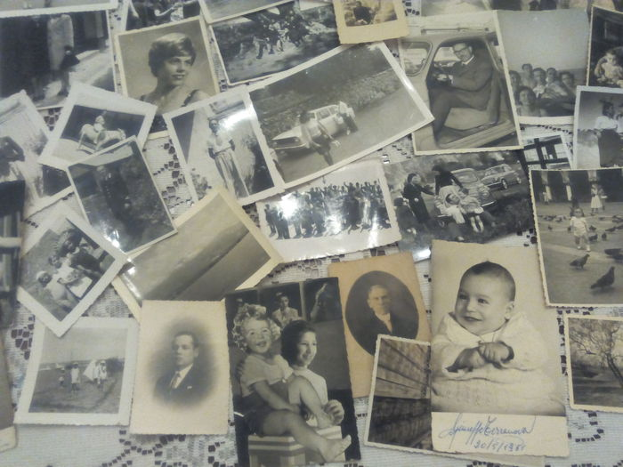 Lot of 50 vintage photos