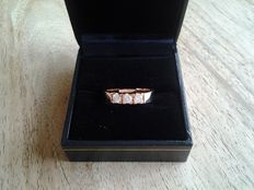 14 kt Rose gold eternity ring with 3 x diamond, 0.45 ct in total - Colour F and VVS2 - ring size 18