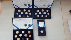 Malta - Year packs Euro coins 2011, 2012, 2013 + 2 Euro 2013