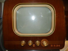 Old Philips TV from 1953 type TX1422A-05