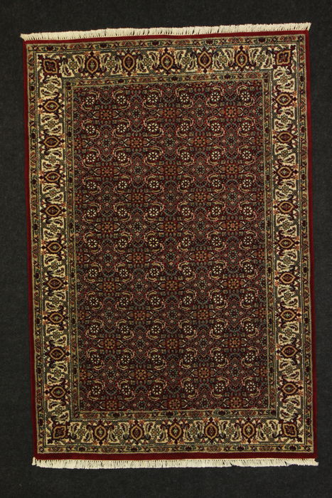 HERATI carpet, India - 21st century, no medallion