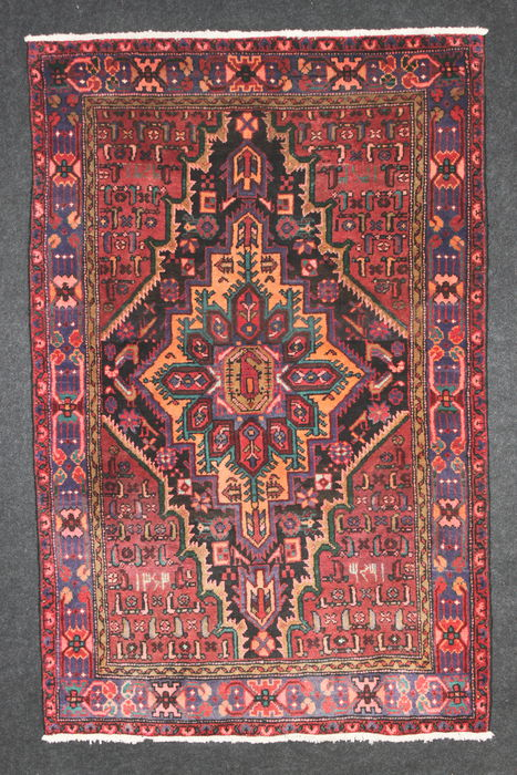 Lovely ZANDJAN rug, Iran, semi-antique